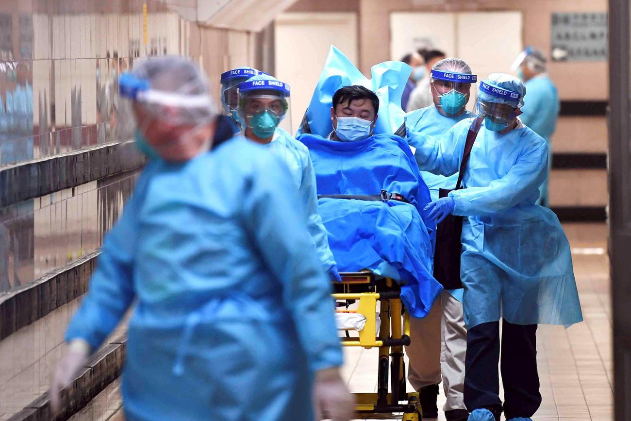 https://www.thinkglobalhealth.org/sites/default/files/styles/max_1300x1300_3_2/public/2020-01/JB-CoronavirusSEAsia-Patient-RTS2ZJJH-THREE-TWO.jpg?itok=lkj8T6Rs