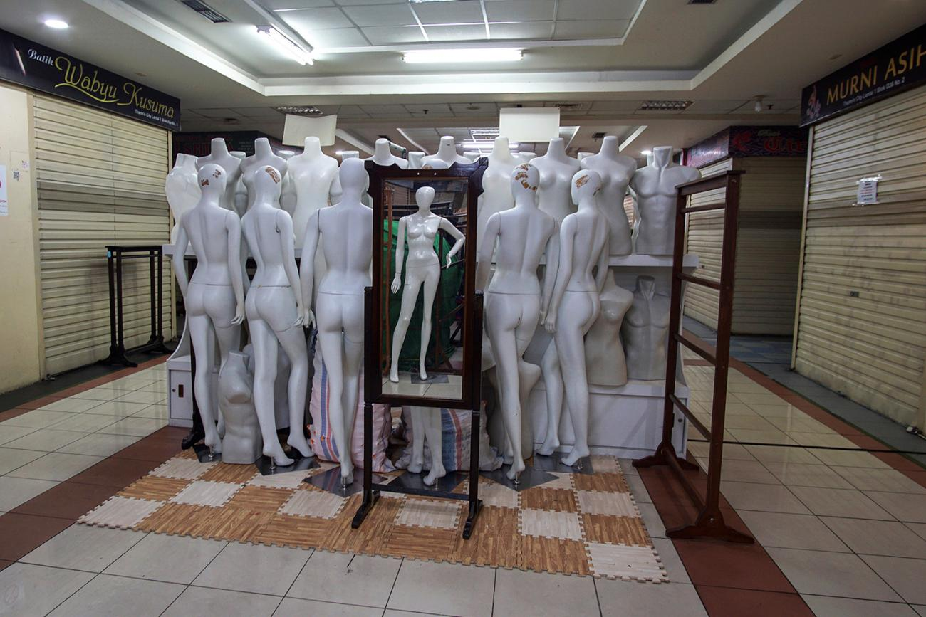 Virtual shoppers: mannequins are pictured in the middle of a corridor at a closed shopping mall amid the spread of coronavirus disease (COVID-19) in Jakarta, Indonesia March 31, 2020. This is a powerful photo of an intriguing subject matter—a bunch of mannequins stacked up in the middle of a corridor. REUTERS/Fransiska Nangoy
